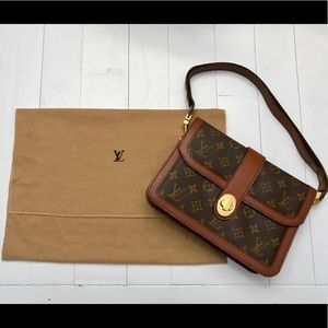 Vintage Louis Vuitton Handbag EXCELLENT condition